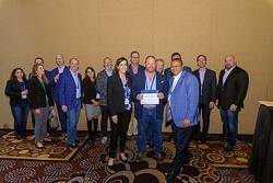 Internetwork Engineering receiving award at Cisco Partner Summit 2018